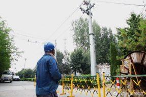 桓台县供电公司新立电杆27基、架设线路1.3公里、敷设电缆200余米