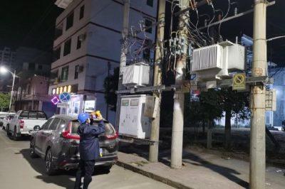 南方电网广东清远英德供电局对线路的清障